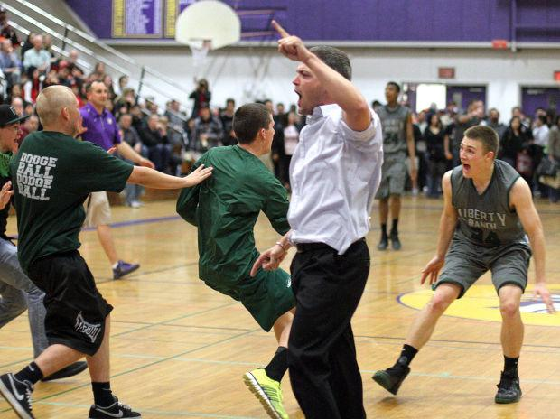 Boys basketball: Hawks outlast Falcons in overtime, advance to section championship