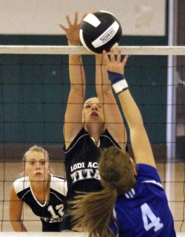 Tioga edges Lodi Academy in varsity volleyball