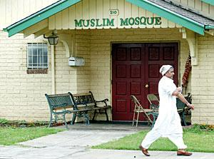 Arrests are latest in feud among Lodi Muslims