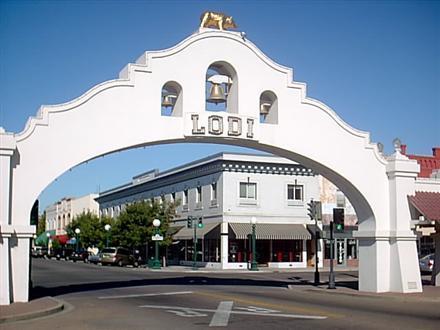 Lodi Arch