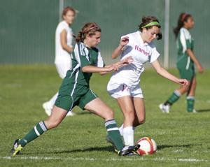 Lodi Flames dominate Tracy Bulldogs in girls soccer