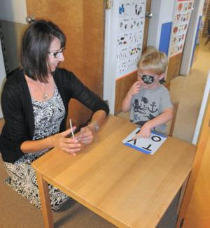 Elks Lodge holds vision screening for children