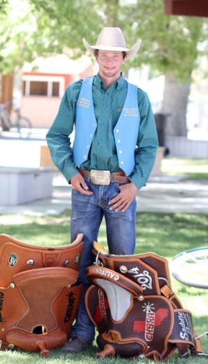 Clayton Biglow, Clayton Brum look to cap high school careers with national rodeo championships