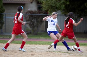 Girls soccer: Tigers stun visiting Flames with tying goal in final minute