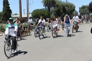 Rolling Relics cyclists hit the road in Lodi
