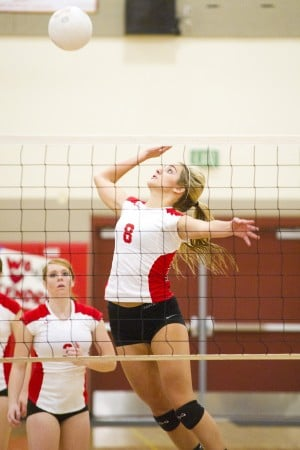 Jessica Malcolm, Lodi Flames hammer the Atwater Falcons in volleyball playoff