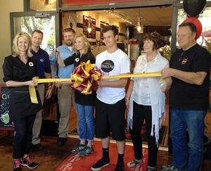 Smack Pie Pizza ribbon-cutting