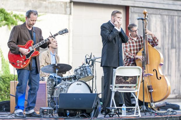 Reds, Whites and Blues concert at Woodbridge Winery