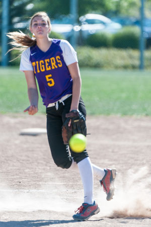 Softball: Tigers put on a hitting clinic
