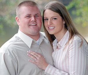 Blagg, Valente plan to wed in July 2007