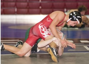 Powerhouse Ponderosa puts strong hold on Lodi Flames in wrestling