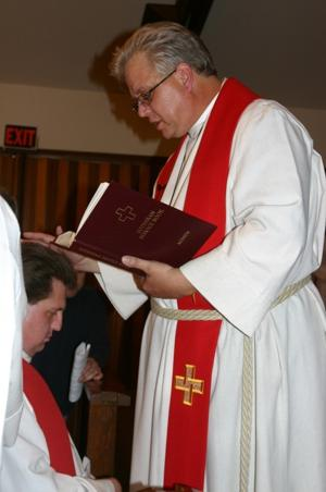 Jon Kibler-McCabe installed as pastor at Shepherd of the Valley Lutheran Church in Galt