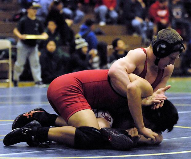 Wrestling: Lodi defends league title as four Flames win divisions