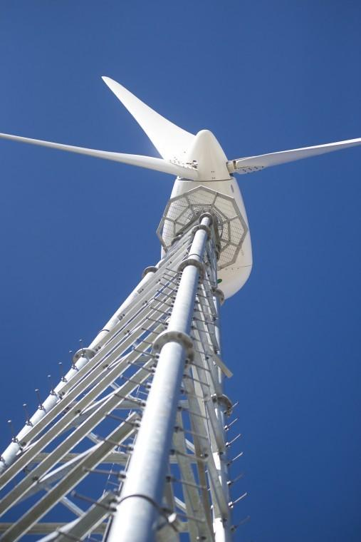Reader questions wind power
