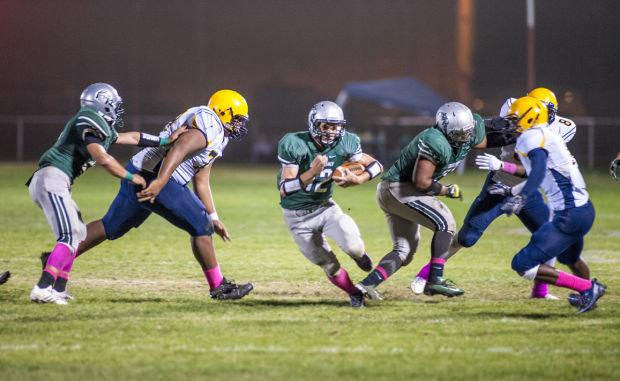 Football: Raiders ground Hawks in Sierra Valley Conference showdown
