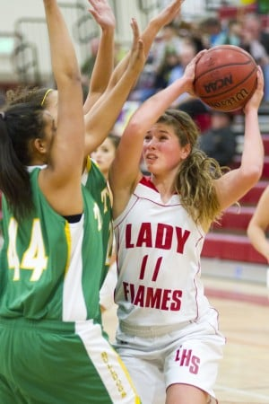 Lodi Flames can't catch Tracy Bulldogs