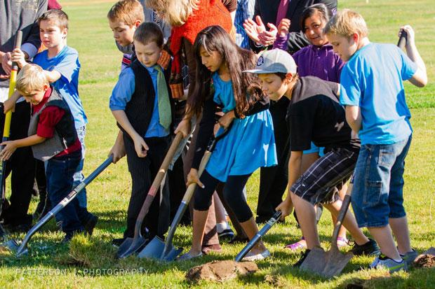 Ground broken for children's center at Temple Baptist Church