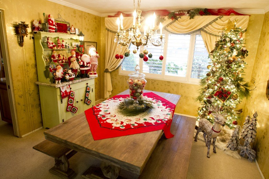 View Christmas decor on Omega Nus Holiday Home Tour