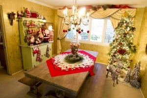 View Christmas decor on Omega Nu's Holiday Home Tour