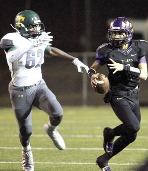 Bulldogs' offense too much for the Tigers
