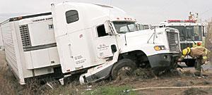 Fatal big-rig crash snarls I-5 traffic for hours