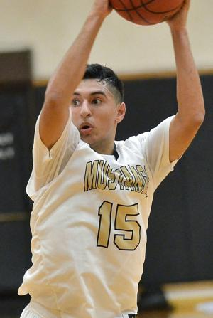 Former Lodi Flames basketball standout Jordan Belasco dishing out assists at Delta College
