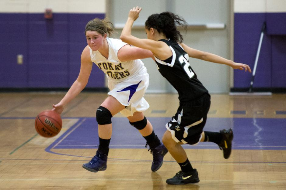 Kylie Henne keeps rivalry record intact