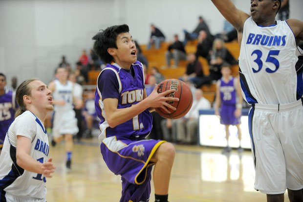 Tigers bounce Bruins in wire-to-wire boys basketball win