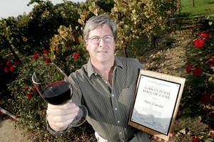 Mark Chandler, executive director of Lodi Winegrape Commission, resigns