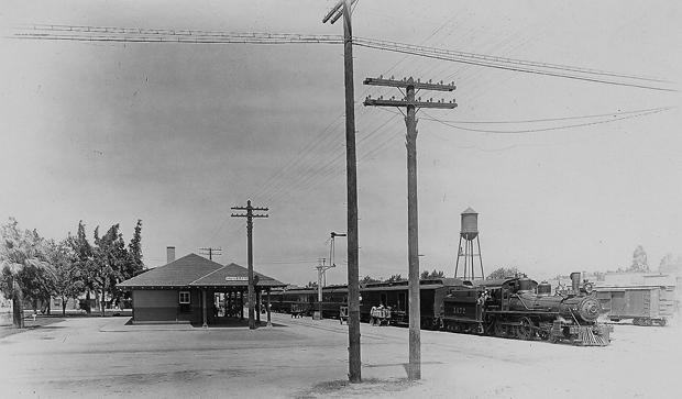 Vintage View: Pine Street train depot