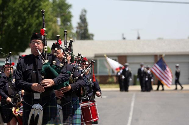 Fire department, Lodi community say their good-byes to Capt. Joe Hansen