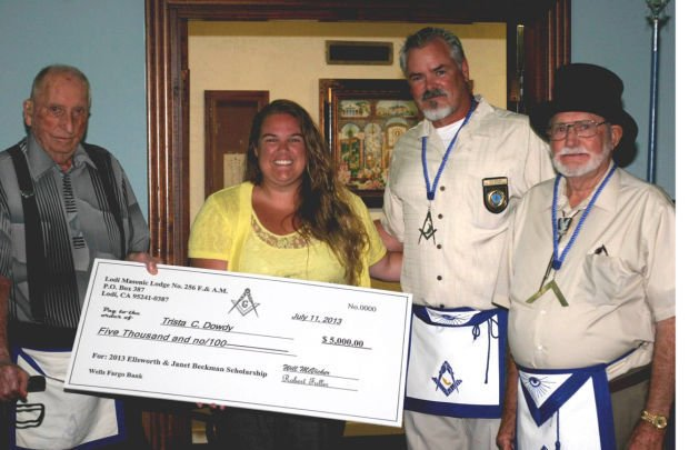Elks Lodge presents check to Cloud 7 Assembly