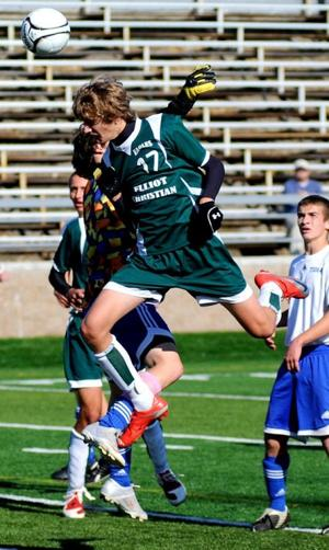Elliot Eagles fall 3-2 in first-ever soccer title match