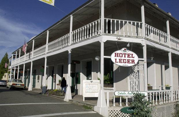Stay the night at the Leger Hotel for an evening of ghostly visitors