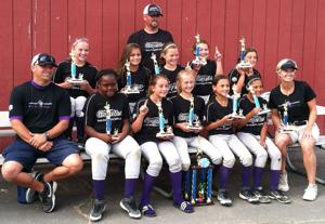 California Grapettes 10U Fastpitch Softball team wins tournament