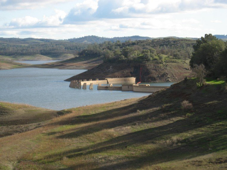 New Hogan Reservoir - Valley Springs  Jan 24, 2010