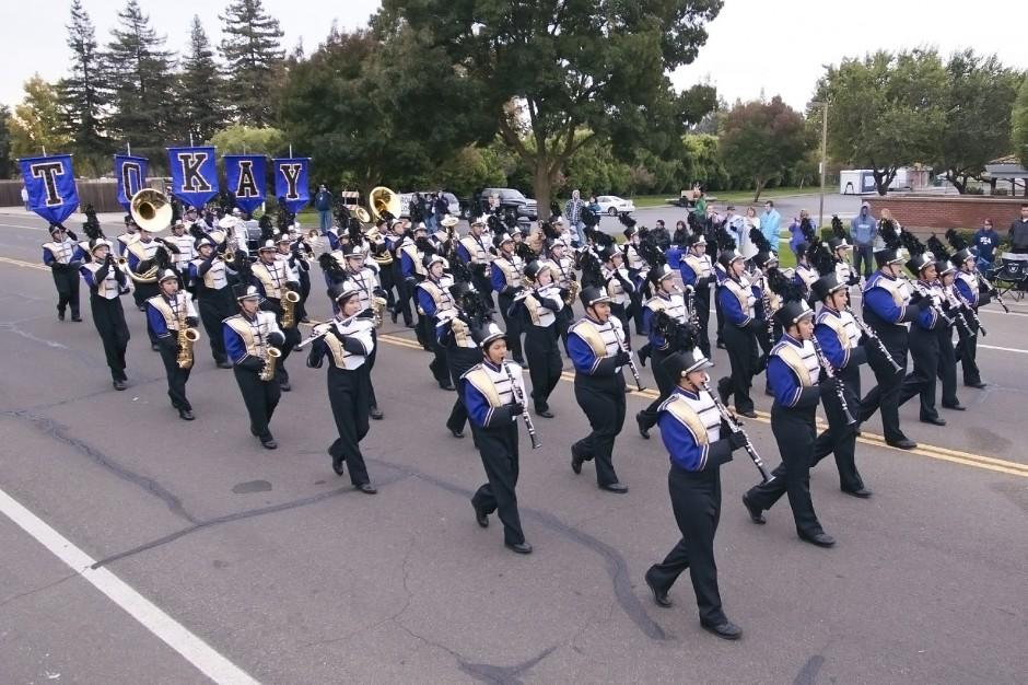 Marching band competition comes together thanks to parent help