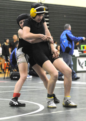 Girls wrestling: Six Tokay Tigers vie for state berth