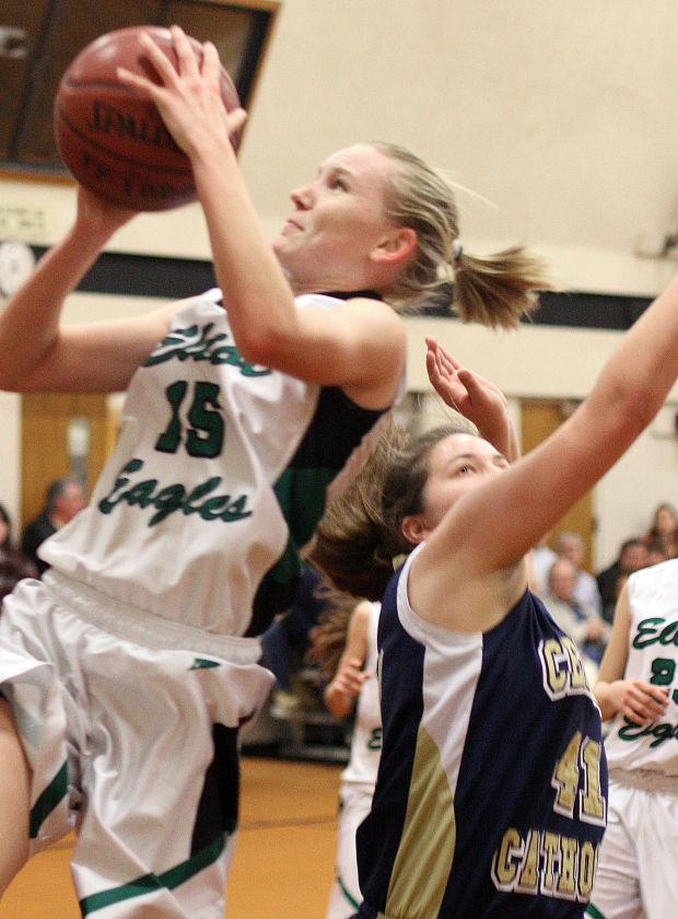 Girls basketball: Kaylee Buhrkuhl, new cast look to take Elliot Eagles back to the playoffs