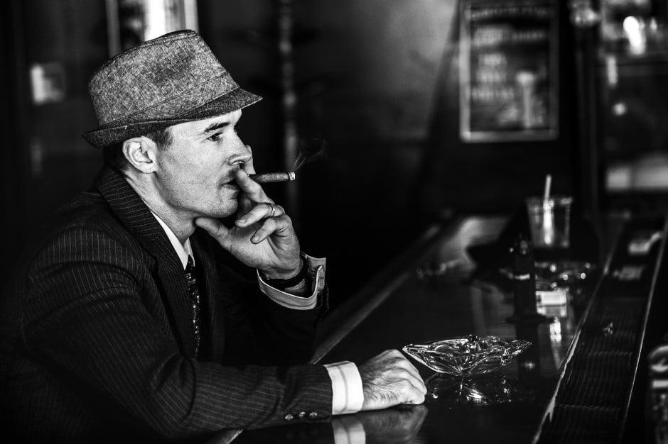 Classy smoking break