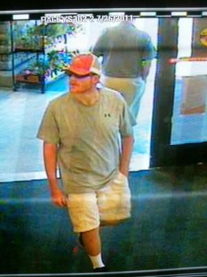 Man robs Wells Fargo Bank in Galt