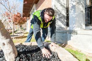 Volunteers, Lowe's workers spruce up Lodi Public Library