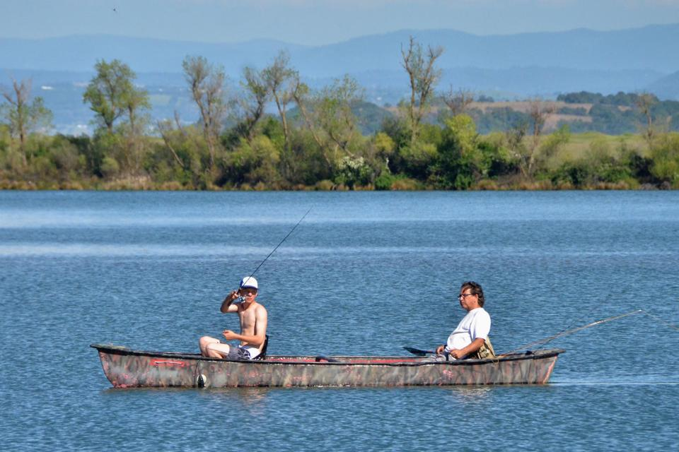 Sacramento municipal utility district hosts annual trout for Rancho seco fishing