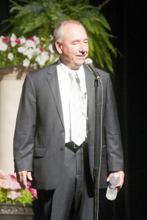 Comedian Will Durst mocks Sarah Palin, Anthony Weiner at Leadership Forum in Lodi