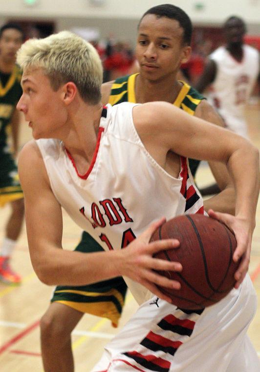 Boys basketball: Benjamin Simi, Flames dominate Yellowjackets