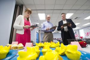 Reporter takes a turn as cupcake contest judge