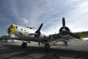 Lodi World War II veteran takes another flight in B-17