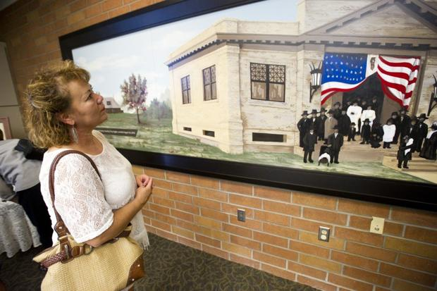 New mural of early Lodi 'keeps us connected with our past'
