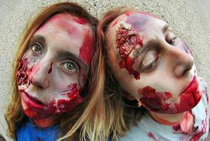 Dodge zombies or shoot them on the Sacramento RiverTrain