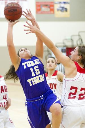 Tokay Tigers top Lodi Flames in thriller, complete sweep in girls basketball